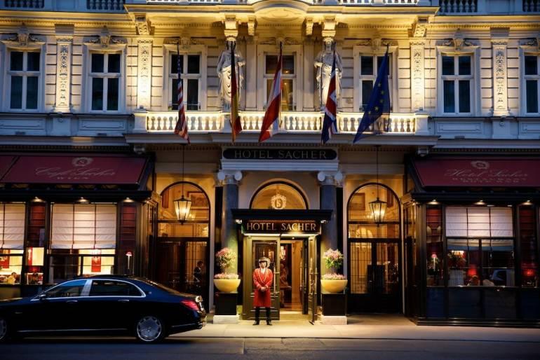 отель Захер в Вене