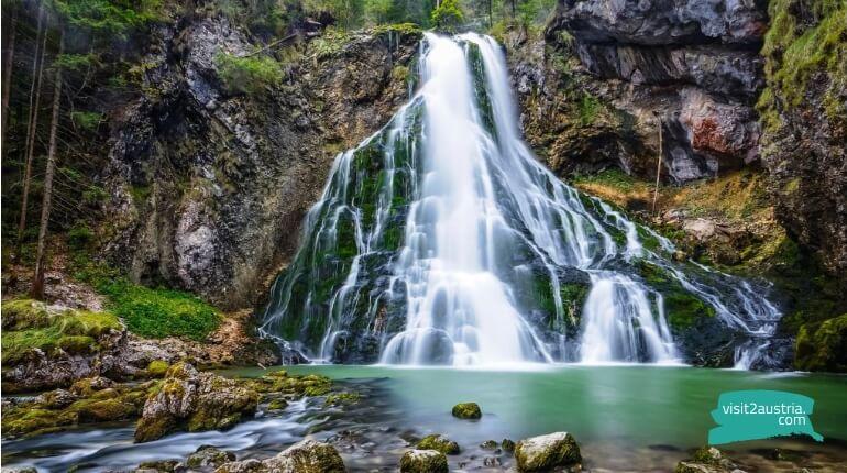 Водопад Голлингер в Австрии